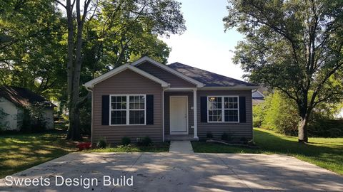 Photo of 1245 Nutwood St # B, Bowling Green, KY 42103