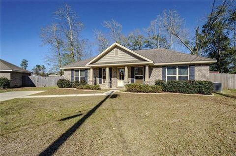 Photo of 6716 Foxwood Dr, Theodore, AL 36582