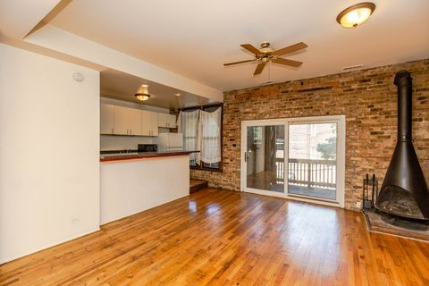Photo of 1134 W Armitage Ave Unit 1134-2, Chicago, IL 60614