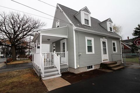 Photo of 90 Greenfield St, Lawrence, MA 01843