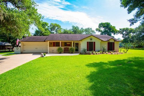 Photo of 3838 County Road 400 Brazos River Rd, Freeport, TX 77541