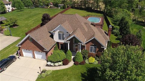 Photo of 105 Rochelle Ln, Center Township, PA 15061