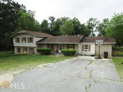 Photo of 136 Injunction Rd, Swainsboro, GA 30401. House for Sale