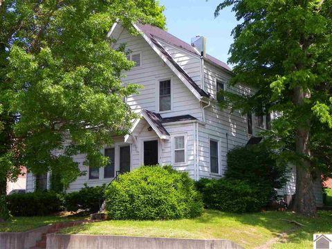 Photo of 205 E 12th St, Benton, KY 42025