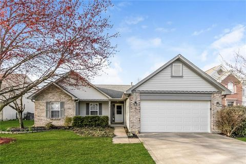 Photo of 7926 Red Sunset Way, Avon, IN 46123