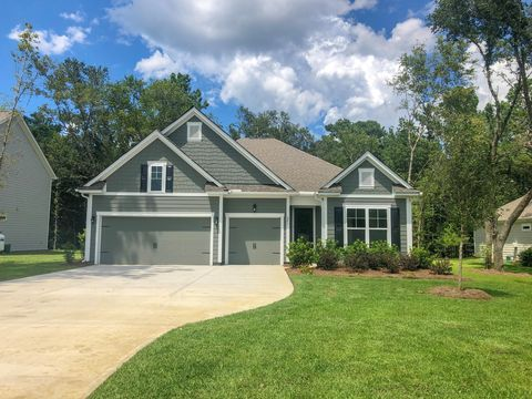 Photo of 241 Camber Rd, Huger, SC 29450