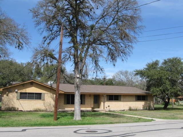 401 Hernandos Loop Leander, TX 78641