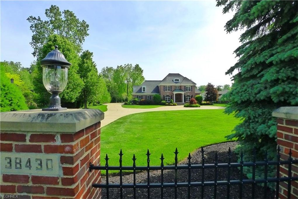 38430 Chardon Rd Willoughby Hills Oh 44094 Realtor Com