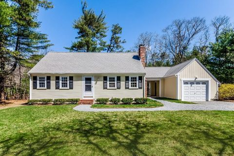 Photo of 140 Red Brook Rd, Falmouth, MA 02536