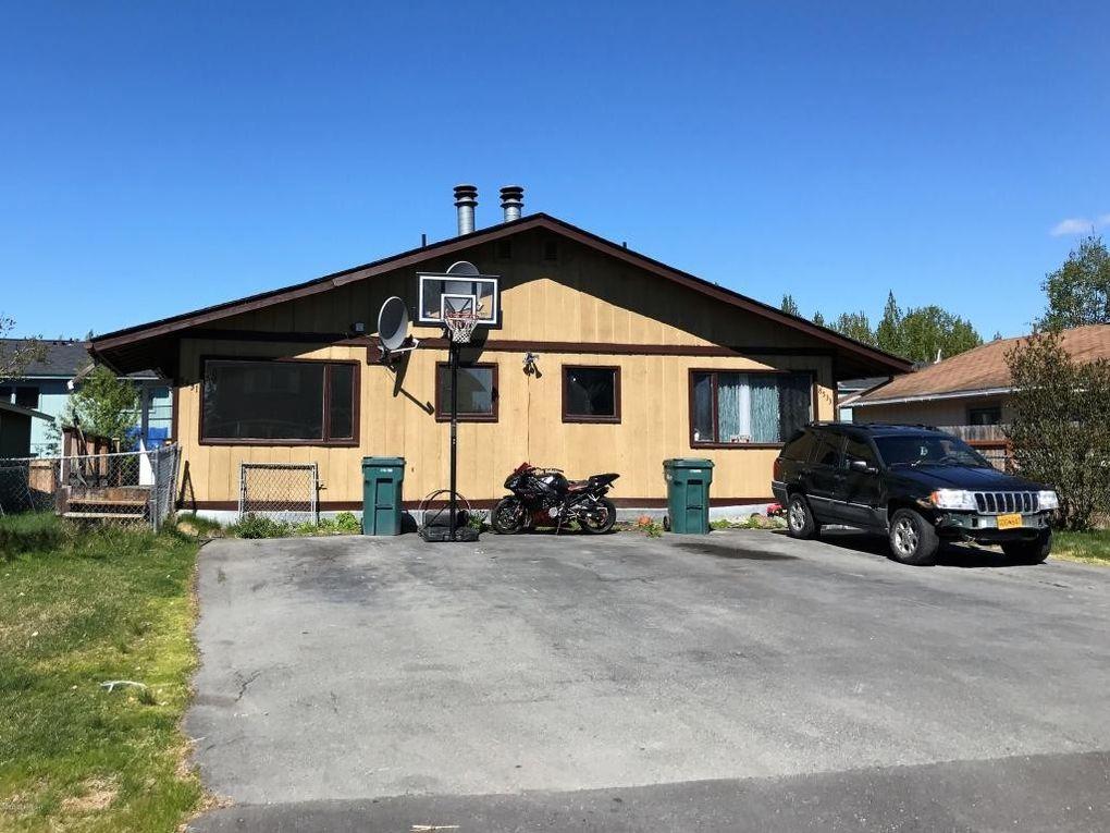 8533 Moss Ct, Anchorage, AK 99504