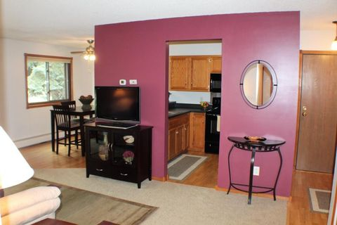 Apple Valley, MN Real Estate - Apple Valley Homes for Sale - realtor ...