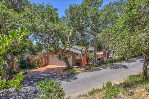Photo of 8620 Berta Canyon Ct, Salinas, CA 93907