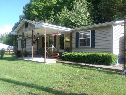 Photo of 200 Tammy Dr, Somerset, KY 42501
