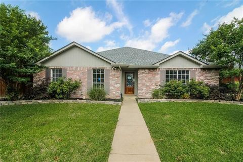 Photo of 403 Adams Ave, Wylie, TX 75098