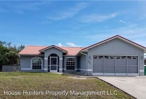 Photo of 921 Great Falls Ter Nw, Port Charlotte, FL 33948