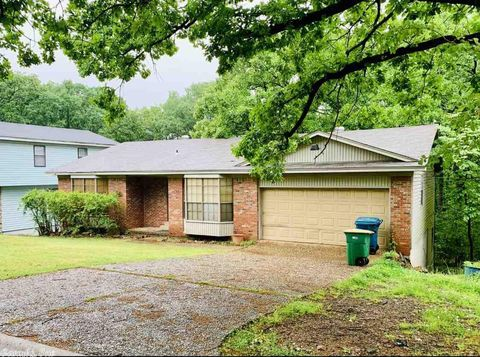 Photo of 12602 Pleasant View Dr, Little Rock, AR 72212