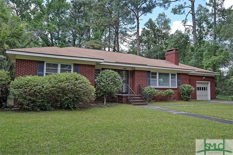 Photo of 5403 Waters Dr, Savannah, GA 31406