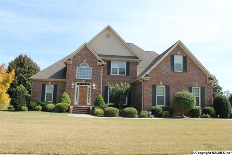 103 Windsong Ct, Madison, AL 35757