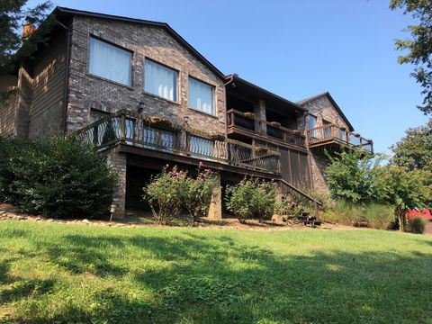 Photo of 3324 Cove Point Dr, Louisville, TN 37777
