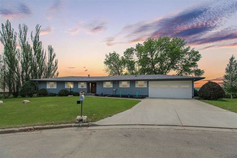 Minot Nd Real Estate Minot Homes For Sale Realtor Com