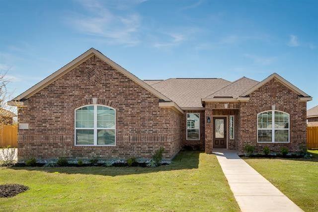 601 Shady Meadow Ln, Glenn Heights, TX 75154
