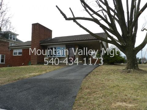 Photo of 341 W Grace St, Harrisonburg, VA 22801