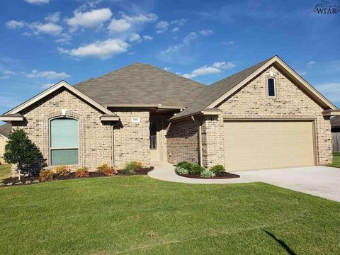 Photo of 5009 Southfork Dr, Wichita Falls, TX 76310
