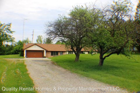 Photo of 5097 Green Arbor Dr, Genesee, MI 48437