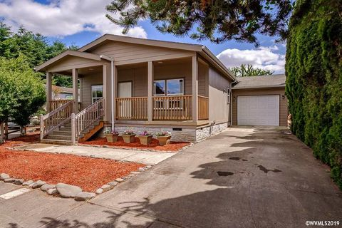 Photo of 754 S Grice Loop, Jefferson, OR 97352