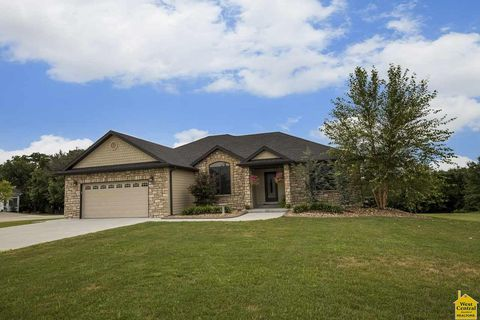 400 Lacey Ave, Lincoln, MO 65338