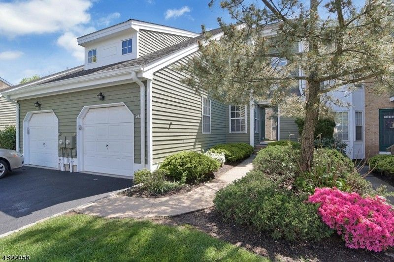 243 Crescenzi Ct Unit 243, West Orange, NJ 07052