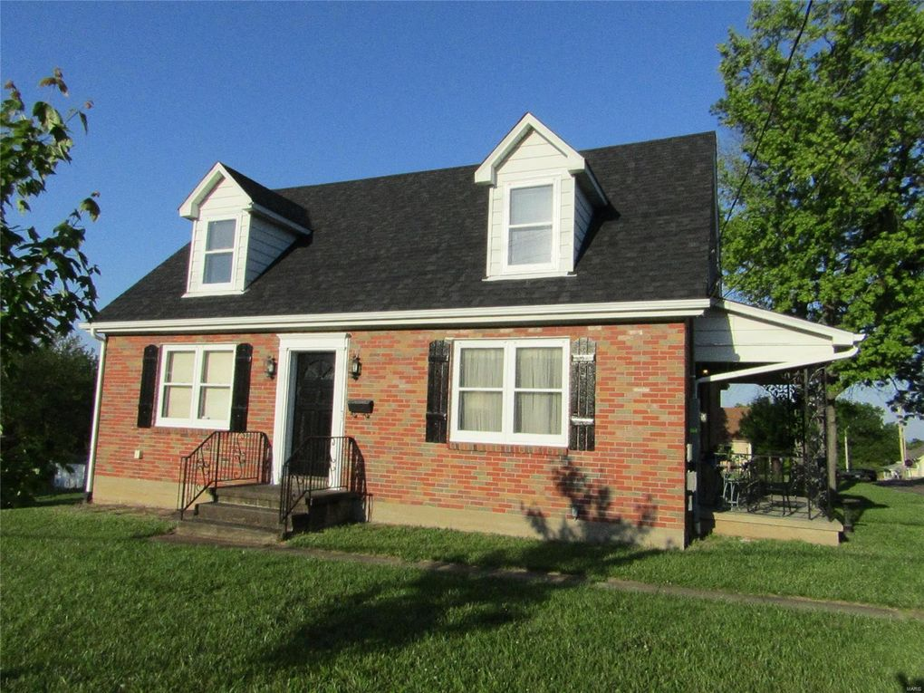 710 Clay St Washington, MO 63090