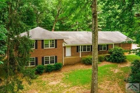 Photo of 1080 Cherokee Cir, Athens, GA 30606