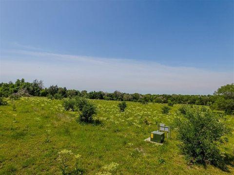 Photo of Pin Oak, Muldoon, TX 78949