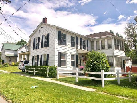 Photo of 86 Elizabeth St, Auburn, NY 13021