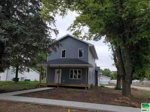 Photo of 1705 Goldie Ave, Sioux City, IA 51109