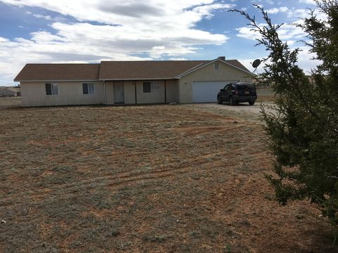 Photo of 14 Lola Ct, Edgewood, NM 87015