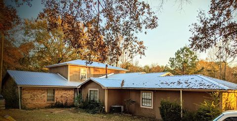 Photo of 2088 County Road 392, Nacogdoches, TX 75961