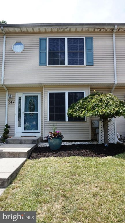 312 Melvin Ave N Morrisville, PA 19067