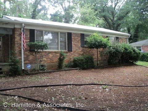 Photo of 210 Pineneedle Rd, Athens, GA 30606