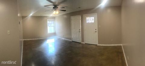 Photo of 803 Ada St, Paragould, AR 72450