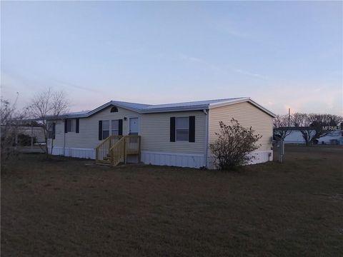 Photo of 13742 County Road 109 D, Lady Lake, FL 32159