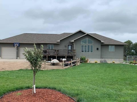 Photo of 39574 253rd St, Mount Vernon, SD 57363