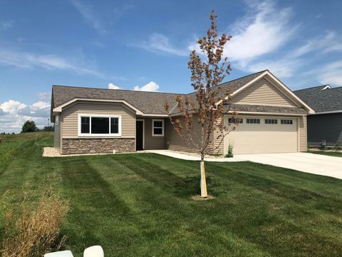 1628 18th Ave Nw, Willmar, MN 56201