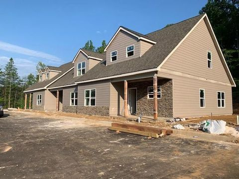 Blairsville, GA Condos & Townhomes for Rent - realtor com®