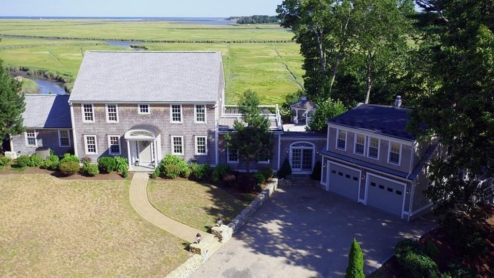 955 Duck Hill Ln, Marshfield, MA 02050