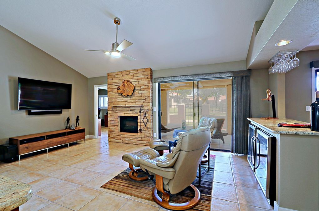 10437 E Cochise Ave Scottsdale, AZ 85258
