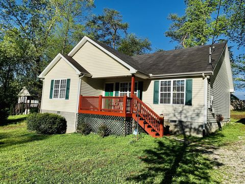 Photo of 502 Evening Shade Dr N, White Bluff, TN 37187