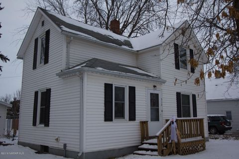 Photo of 312 6th St Sw, Red Lake Falls, MN 56750
