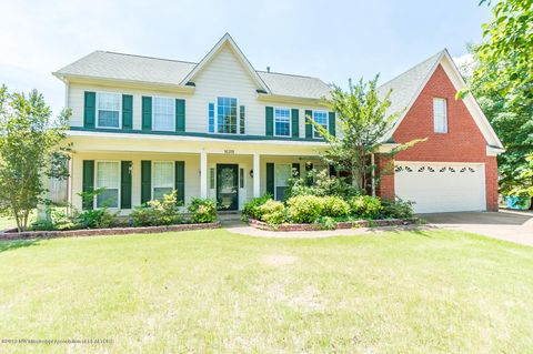 Photo of 10311 Lazy Creek Dr, Olive Branch, MS 38654